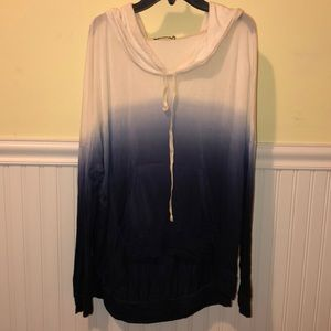 "Juniors Brandy Melville hooded top ""one size"""